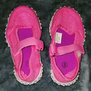 Other - Size 5 infant girl water shoe EUC